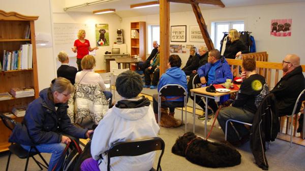 Hundhjälpen i Uppland Ladan möteslokal o café